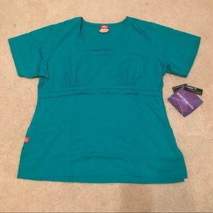 NEW LARGE TURQUOISE DICKIES TOP